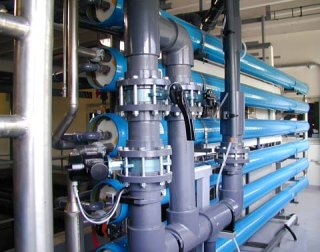 Plastic technological solvent-cemented piping