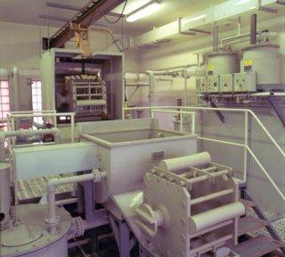 Zařízení pro chemické leštění skla LZR 02