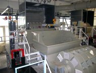 Zařízení pro chemické leštění skla LZR 16